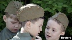 """Парад """"детских войск"""" в Ростове-на-Дону"""
