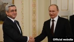 Президент Армении Серж Саргсян (слева) и президент России Владимир Путин (справа). Москва, 12 марта 2013 года.