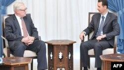Zëvendësministri i jashtëm rus, Sergei Ryabkov gjatë takimit me presidentin e Sirisë, Bashar al Assad
