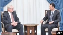 Սիրիայի նախագահ Բաշար ալ-Ասադն ընդունել է Ռուսաստանի Դաշնության փոխարտգործնախարար Սերգեյ Ռյաբկովին։ Դամասկոս, 17 սեպտեմբերի, 2013թ.