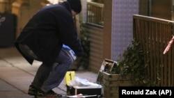 Судово-медичний експерт на місці нападу у Відні, Австрія, 7 березня 2018 року