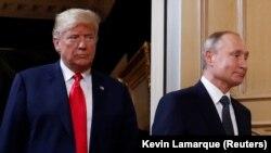 Перші фото зустрічі Трампа і Путіна