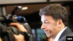 Neophodno staviti veto na podelu fondova EU onim zemljama koje odbiju da pomognu Italjii i Grčkoj: Mateo Renci