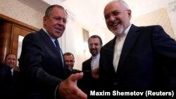 Ministri i Jashtëm rus, Sergei Lavrov dhe homologu i tij iranian, Mohammad Javad Zarif.