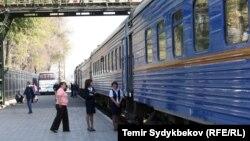 Железнодорожная станция в Бишкеке. Архивное фото.