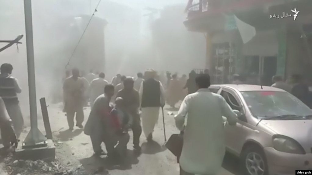 A screen grab of the aftermath of a deadly blast in Parachinar, Pakistan, that killed at least five people on March 31.