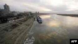 Сунгари (Songhua River), воды этой реки, впадающей в Амур, снова становятся угрозой для России