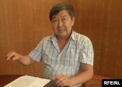 Жантөре Сатыбалдиев, Ошты қалпына келтіру агенттігін басқарып отырған кезі. Ош, 12 шілде 2010 жыл