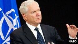Американскиот секретар за одбрана Роберт Гејтс