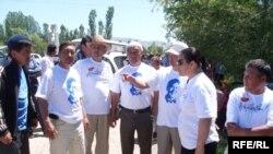 Оппозиция лидерлери Таласта. 18-июнь, 2010-жыл