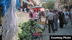 Градски пазар во Дебар.
