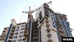 Косвенно повлиять на грузинский рынок недвижимости могут и события в Украине: практически вся арматура, которую используют в строительстве, поставляется из Донецкой области