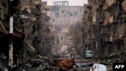 Дейр әл-Зор провинциясындағы соғыстан қираған қала, Сирия (Көрнекі сурет).