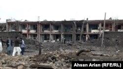 У места взрыва в городе Гардез. Провинция Пактия, Афганистан, 14 мая 2020 года.
