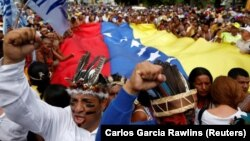 Venesuelada müxalifət hakimiyyət əleyhinə aksiya keçirir