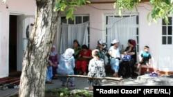 Навбати пушти дари як фолбин дар Душанбе