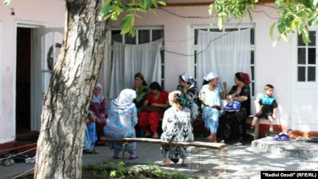 Навбати як фолбин дар Душанбе