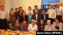 Казахская диаспора Новосибирска во время праздника Курбан айт. Иллюстративное фото.