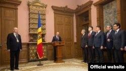 Малдова, прыведзены да прысягі новы ўрад