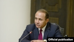 Armenia - Prime Minister Hovik Abrahamian addresses a cabinet meeting in Yerevan, 14Apr2014