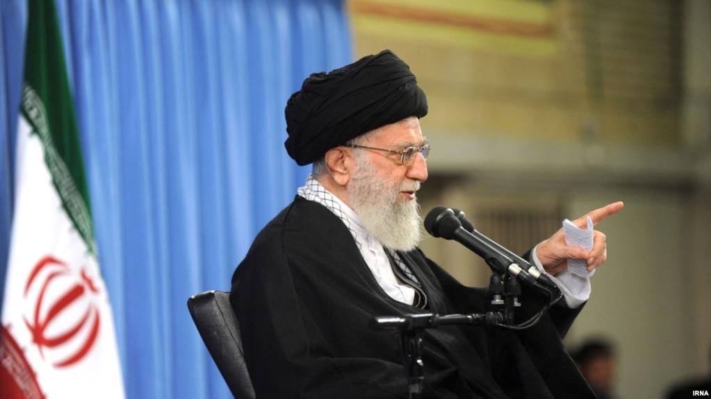 خامنهای: همه کاندیداها قول بدهند نگاهشان به بیرون از مرزها نباشد