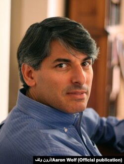 آرون ولف استاد رشته جغرافی در دانشگاه اورگان در آمریکا