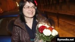 Натальля Радзіна пасьля вызваленьня з турмы КДБ. Студзень 2011