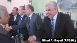 أعضاء مجلس محافظة كركوك يتبادلون التهاني بعد عملية التصويت