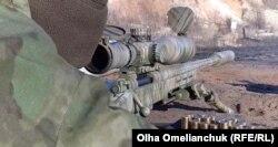 Гвинтівку, з якою зараз працює снайпер, на фронт придбав та передав один з українських меценатів
