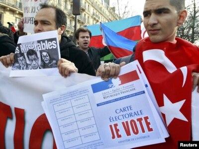 Protesti Turaka zbog usvajanja zakona, Pariz, 23. siječnja 2012.