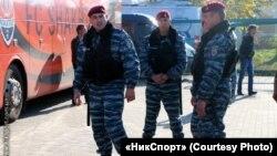 Анатолій Горбунов, зліва. Архівне фото