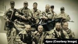 Мариупольский отряд Морской охраны. Роман Магера крайний слева в нижнем ряду. Фото Регионального управления Морской охраны ГПСУ
