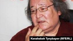 Режиссер, қоғамдық белсенді Болат Атабаев.