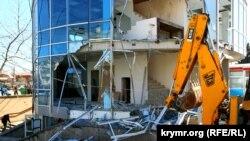 Снос незаконного строения, Симферополь