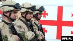 ქართველი ჯარისკაცები ვაზიანის სამხედრო ბაზაზე