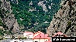 Учитывая географическое положение Казбегского района, основными посетителями местного казино могут стать жители Северной Осетии