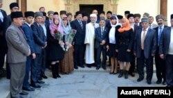 Кырымтатар Мәҗлесе вазифага керешү көнендә. 1 ноябрь 2013