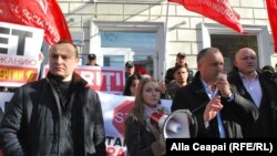 Igor Ddon, la protestul din fața ANRE