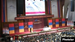 Armenia - The Prosperous Armenia Party holds a congress in Yerevan, 17Mar2012.