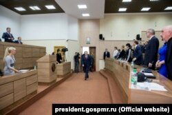 Evgheni Șevciuk, în Sovietul suprem, 7 octombrie 2016