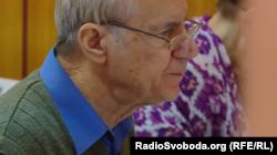 Григорій Ілліч, слухач комп'ютерних курсів