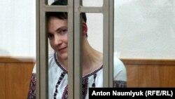 Надежда Савченко в суде 8 февраля 2016 года