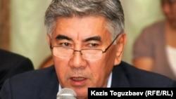 "Сопредседатель ОСДП ""Азат"" Жармахан Туякбай."