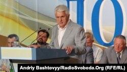 Володимир Литвин балотується до наступного скликання парламенту за мажоритарним округом №65 з центром у Новограді-Волинському