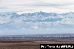 Вид на горы в Жамбылской области. 26 февраля 2020 года.