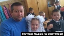 Муж Светланы Дмитрий и их дочь