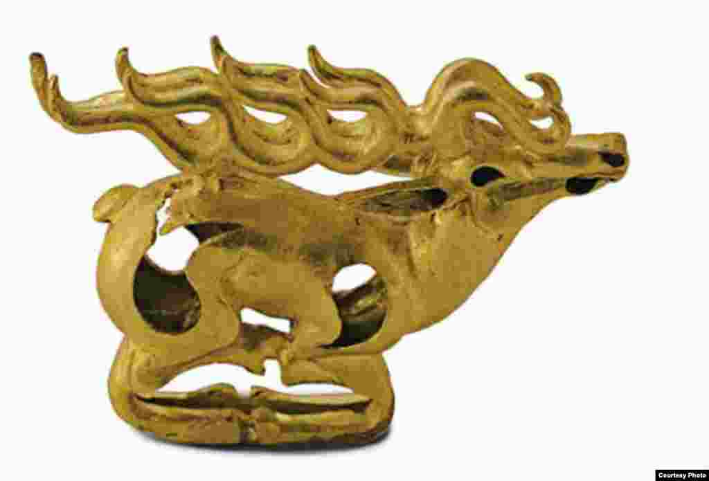 Horned deer with folded legs, 7th–6th century B.C. (Presidential Center of Culture, Astana)