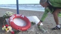 Родичі загиблих на катері «Іволга» на Одещині встановили меморіал у пам'ять про рідних (відео)