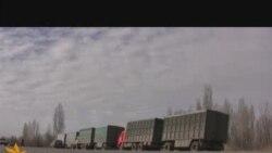 Кыргыз-казак чегинде токтогон автоунаалар