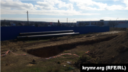 Севастополь, будівництво льодового палацу на вулиці Генерала Мельника
